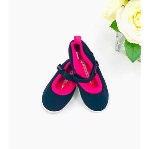 Speedo Girls Mary Jane Water Shoes Size 11/12 NEW!